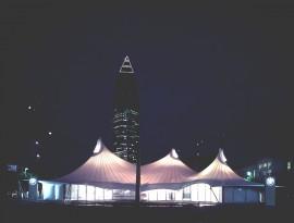 BMW 2 IAA pavillon glastec natural ventilation